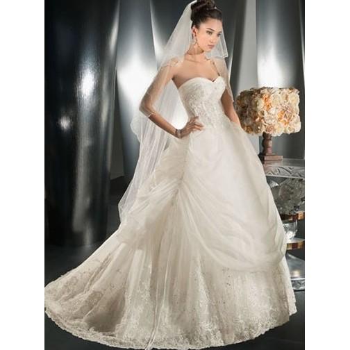 Robe de mariage sublime for Meilleurs sites de robes de mariage en ligne