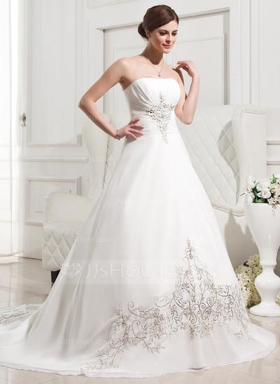 je mets en location de jolies robes de mariée provenance de londres ...