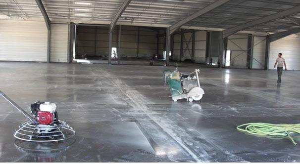 Dallage industriel et rev tement sol casablanca maroc for Dalle beton finition quartz