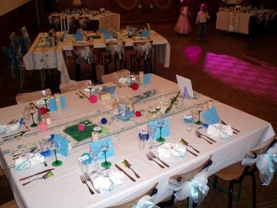 cherche salle de mariage, tables à décorer.... Bruxelles Belgique