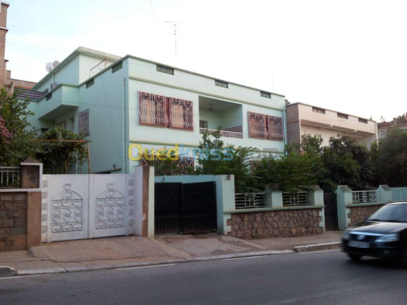 Vente villa tlemcen birouana 3 fa ades tlemcen alg rie for Les plus belles facades de villa
