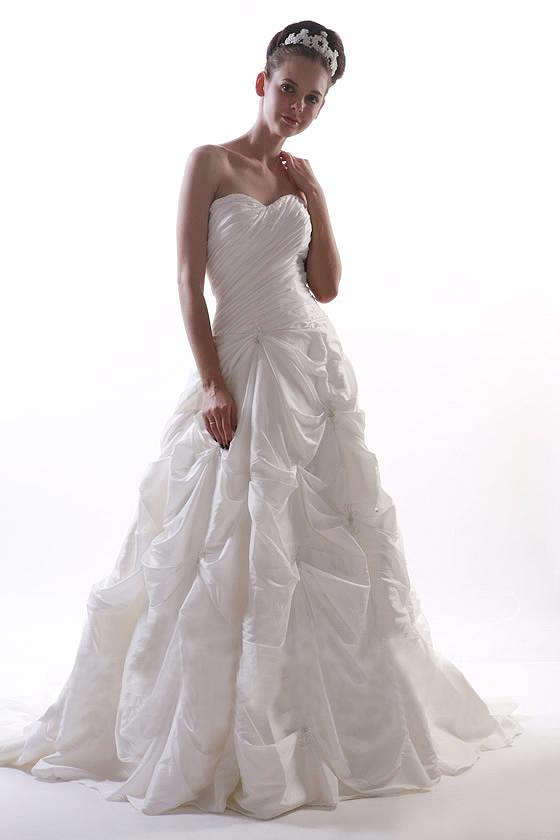 vente lot de 10 robes de mariée Salé Maroc